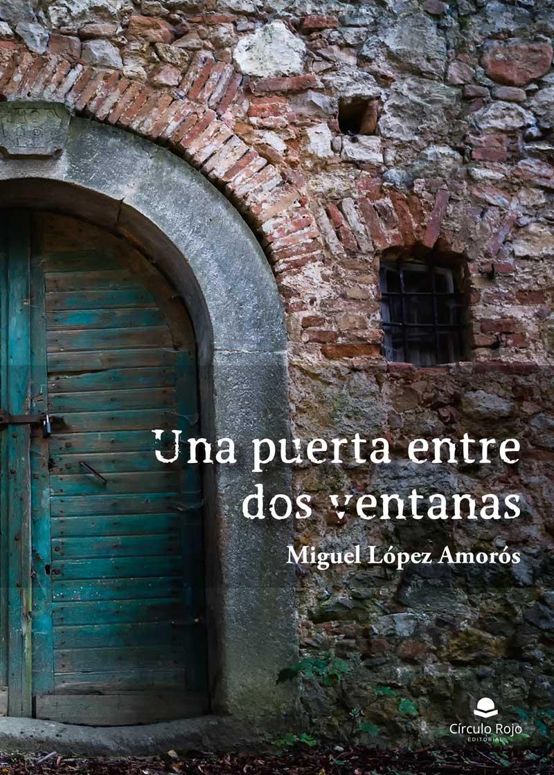Una puerta entre dos ventanas